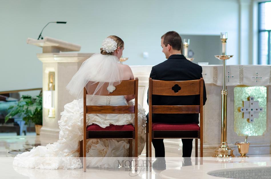 mary queen catholic church wedding