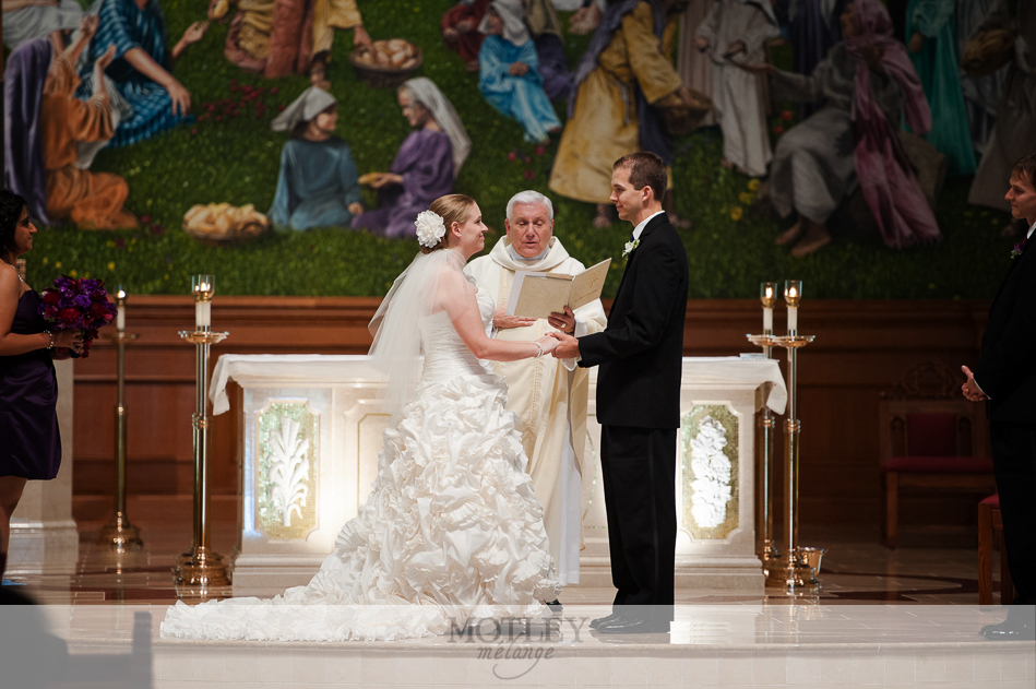 mary queen catholic church wedding