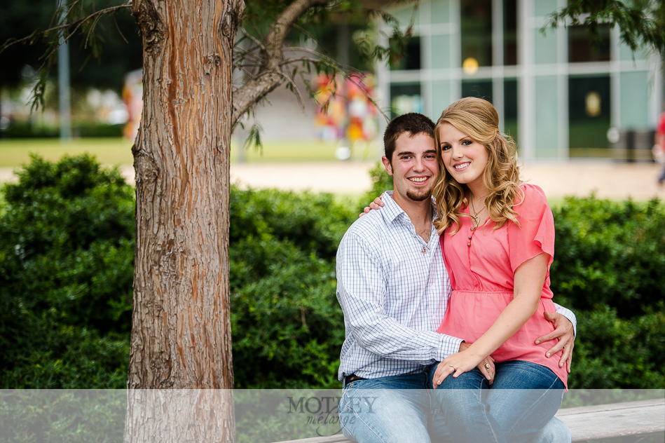 engagement-pictures-downtown-houston