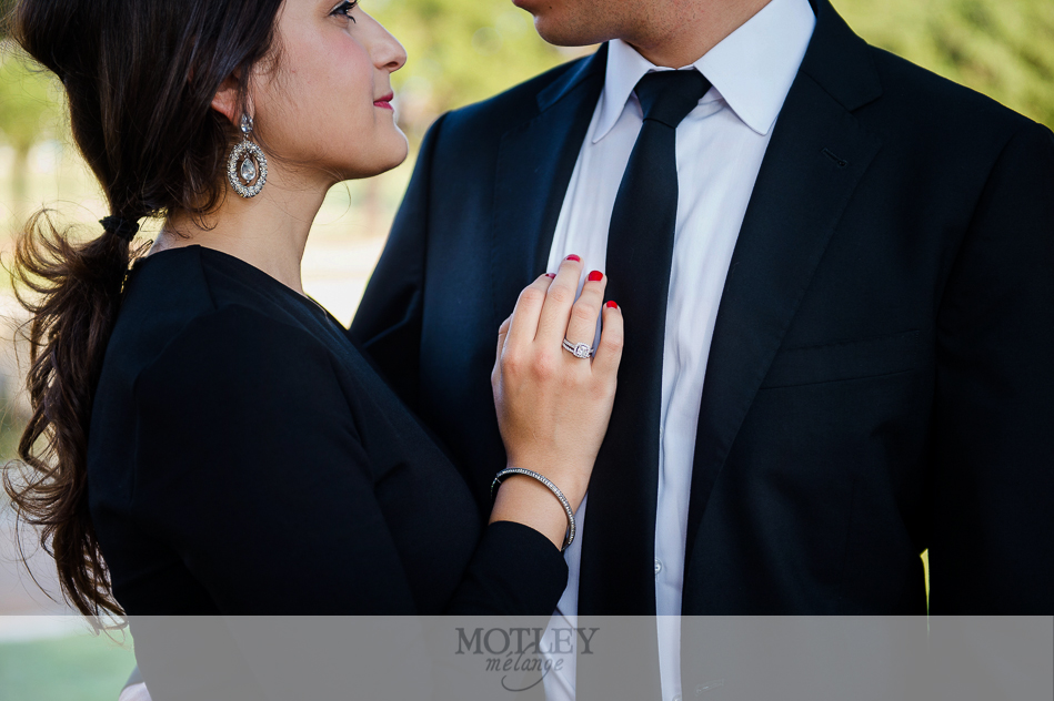 what-to-wear-for-engagement-photos-houston